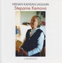 Vienan kansan laulajia: Stepanie Kemova. Kuva cd-levyn kannesta.