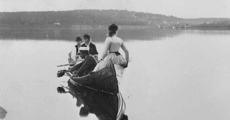 Virtain vesien lyriikkaa. Kuva: I. K. Inha. (Aamu Nyströmin kokoelmat / Jäähdyspohjan kyläyhdistys.)